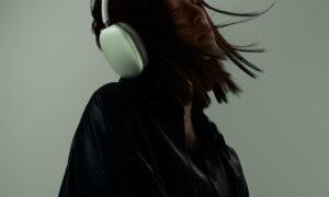 Karşınızda APPLE'IN Kulaküstü Kulaklığı – – >AirPods Max
